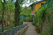 Line of zinc buckets  Jardin des Paradis in Cordes/Ciel