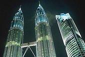 Kuala Lumpur, les Petronas Tower, appelées encore Twin Towers de Kuala Lumpur ou Petronas Twin Towers.