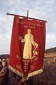 France, Côte d'Or (21) ; France, Côte d'Or (21). Route des vins de Bourgogne. Procession lors de la fête de la Saint-Vincent, patron des vignerons.