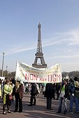 Manifestation Vote for the planet Trocadero  Paris ; Organization: Nicolas Hulot <br>Location: Trocadéro <br>Date: April 01, 2007