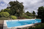 "Private Swiming pool Jardin du fond de l'or France ; Garden : ""Jardin du fond de l'or"" Mr Lubet"