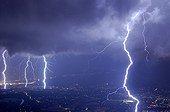 Quadruple impact of lightning on Genève city France ; During a violent storm.
