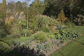 Small kitchen garden at Jardin du fond de l'or