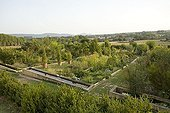Overview of remarkable garden of priory of Salagon ; Site: Salagon<br>