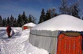 Yourtes au sommet du Grand Châteleu en hiver France