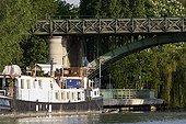 Barge on the Seine at the Chatou bridge