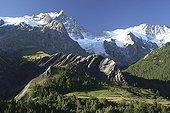 Massif de la Meije in the Hautes-Alpes France ; From left to right, East Peak (3891m), Glacier Tabuchet, Finger of God or Central Peak (3973m), Brescia Zsigmondy Grand Pic de la Meije (3983m), Glacier Peak Square (3862m), The Big Finger (3764m ), the breccia Meije (3357m), Glacier Meije, the rake (3809m). <br>Under the Grand Peak, Ridge and the Meijette Greenhouse Buregard.