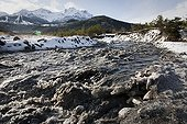 Torrent affluent de l'Ubaye en crue Alpes France ; Torrent affluent de l'Ubaye en crue. Barcelonnette, Alpes de Haute Provence.
