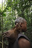 Pygmy Baaka for making hunting south-east Cameroon