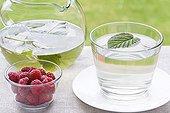 Raspberry leaf tea and raspberries