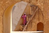 Woman in the stairwell of the observatory Jantar Mantar India ; Jantar Mantar. The maharaja Jai Singh II decided to built this astronomical observatory (1728-1733) with giants instruments in order to change the calendar.