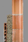 Wall insulation with natural materials ; From the inside out: Plastered brick - cork - brick honeycomb