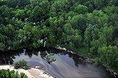 Vue aérienne d'une ripisylve de la Loire dans la Nièvre