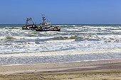 Chalutier échoué au nord de Walvis Bay Namibie