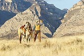 Cowboy in the prairie The Hideout Guest Ranch Wyoming USA ; Edward DeCabooter
