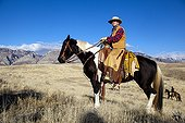 Cowboy in the prairie The Hideout Guest Ranch Wyoming USA ; Marijn Werquin