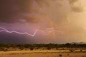 Lightning background arc-en-ciel in the desert Arizona USA ; After the passage of a dust storm