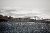 """Cyclone """"Leslie"""" on the coast of Saint-Pierre and Miquelon  ; Ile aux Marins affected by the cyclone swell"""