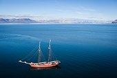 Sailboat in Isfjord - Spizberg Svalbard