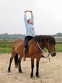 Yoga Pony bareback - France ; work of breathing and stretching