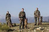 Equipe cynophile de la Gendarmerie du GIC06 - France ; spécialisé dans la piste, la défense et la recherche de stupéfiants et de billets. Equipe cynophile de la Gendarmerie du GIC06