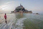 High tide at Mont Saint-Michel - Normandy France  ; Character: Toun Lebrec, Montois