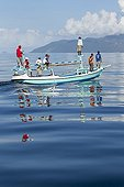 Fishermen looking for Manta ray - Solor Indonesia ; and whale shark