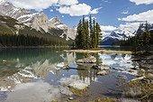 Spirit Island - Maligne Lake Jasper Alberta Canada