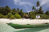 WWF team on Koon Island - Maluku Indonesia ; Koon Marine reserve WWF-Indonesia projectTerritorial User Rights for Fishing (TURF)