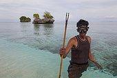 Fisherman with harpoon - Nukus island Indonesia Maluku ; Koon Marine reserve WWF-Indonesia projectTerritorial User Rights for Fishing (TURF)