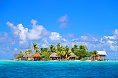 Tetamanu isolated village on an island - Polynesia Tuamotu