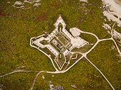 Vue aérienne du Fort Prince of Wales le long de la côte de la Baie d'Hudson, Churchill, Manitoba, Canada