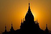 Temples in Bagan at sunset