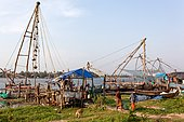 Chinese nets in Cochin. Fishers bring their catches
