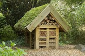 Insect hotel with a green roof. Roville-aux-Chênes Horticultural School. Vosges. La France.