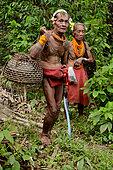 Couple Mentawai, Siberut, Indonesia