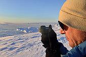 Relèvement exact de la position du soleil. Groenland , février 2016