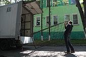 Installation of a submerged protection cage for Kamtchatka bear (Ursus arctos beringianus) - Lake Kourile, Kamchatka, Russia