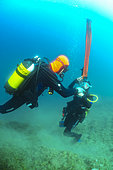 Management of the inflation of the surface parachute, Diving site of the Sea Lion, Saint-Raphaël, Var, France