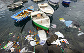 Photo denunciation, garbage in the sea. No matter the place if not the consequences.