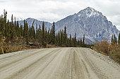 Dalton Highway : from Fairbanks to Prudhoe Bay, Near Mount Sukakpak, Alaska, USA