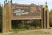 Dalton Highway : from Fairbanks to Prudhoe Bay, Roadside Information Signs, Alaska, USA