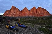 Kayaks Nautiraid in front of Dragon's Teeth, Bear's Archipelago, East Coast Greenland
