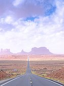Road leading to the Monument Valley site in the Navajo Tribal Park, Arizona - Utah, USA