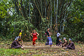 """Dance """"sạp"""" (bamboo dance) is a folk dance of the Muongs (North-West Vietnam) in early spring, New Caledonia"""
