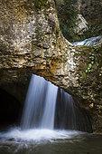 Exceptional flow in the gorges of Véroncle, Monts de Vaucluse, RNP Luberon, France