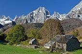 Cirque de Lescun en automne, Vallée d'Aspe, Pyrénées, France
