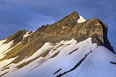 Pleated strata of Croisse Baulet, Bajocian limestones, Aravis massif, Haute Savoie, Alps, France