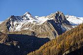 Pointe des Estaris (3086m) and right Roche Rousse (2734m), Prapic, Champsaur Valley, Ecrins National Park, Orcières Merlette, Hautes-Alpes, France