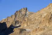 The Ecrins refuge (3175m) and the summit of the Roche Faurio (3730m), Vallouise valley, Briançonnais region, Ecrins National Park, Hautes-Alpes, France